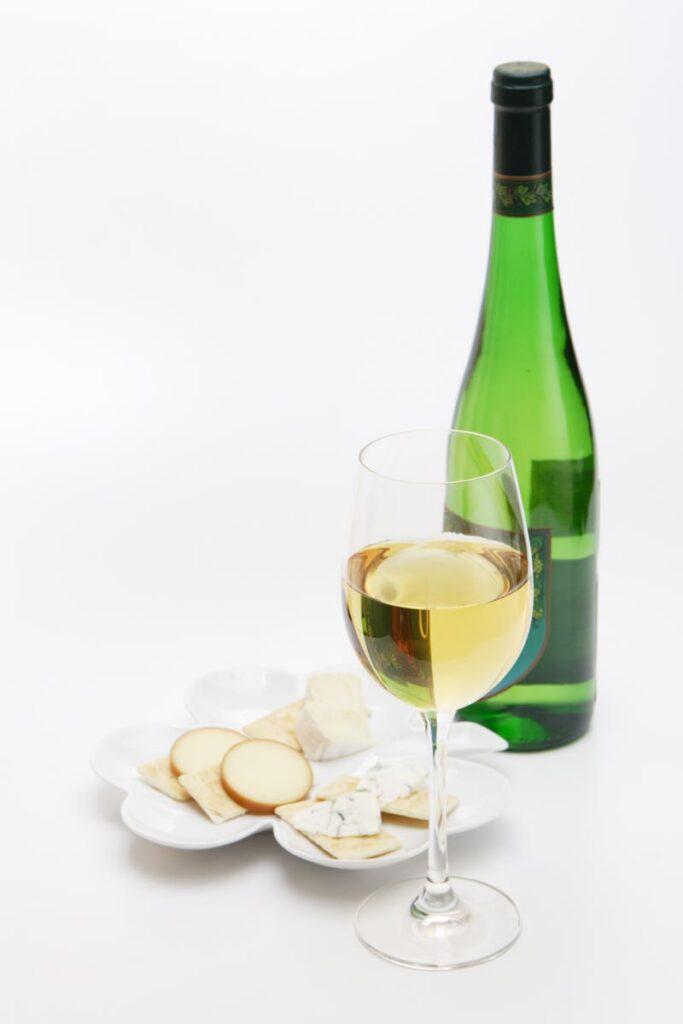 ワインの辛口とは?食事に合わせるワインについて
